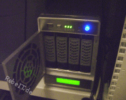 NAS mit 4 Festplatten