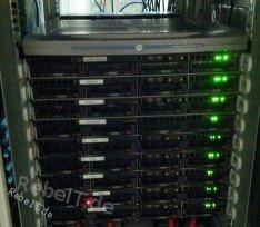 unsere Server im Rechenzentrum