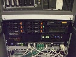 Einbau eines 19-Zoll-Servers